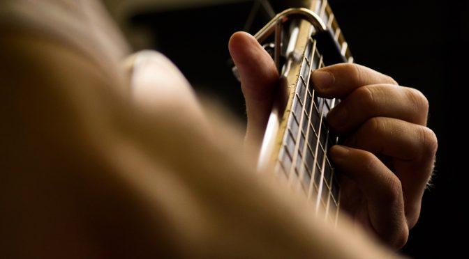 Kurs für Begleitgitarre im HFZ